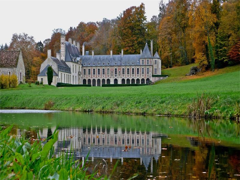 Chateau-d-Outrelaise-2